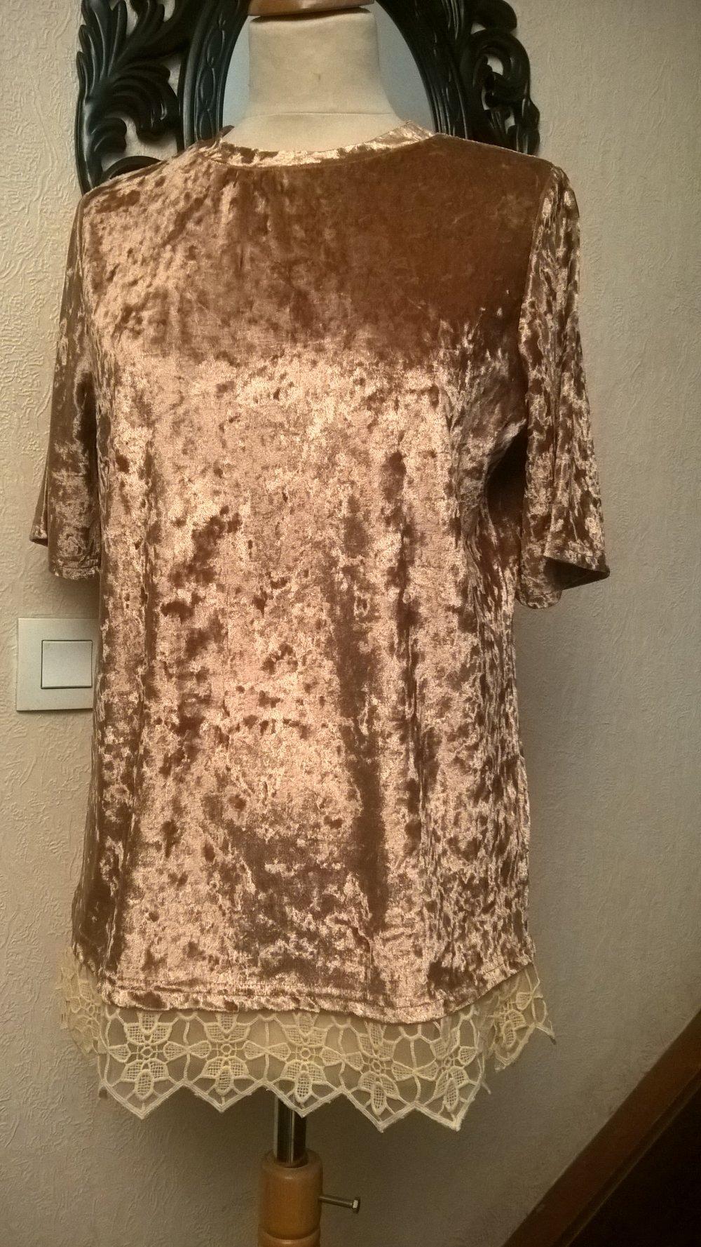 Tee shirt femme,manches courtes,velours et dentelle,couleur doré,tee shirt fille,vêtements femme,vêtements fille,cadeau