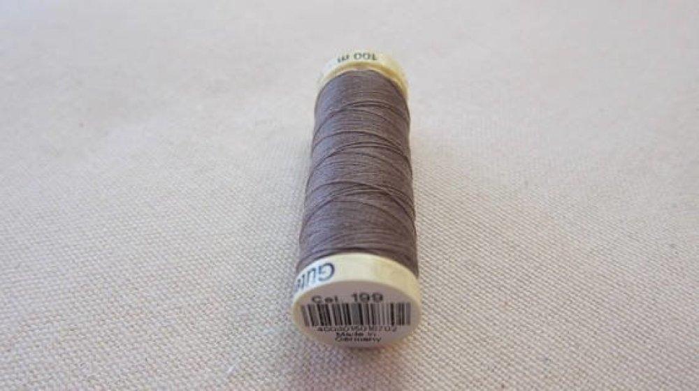 Fil à coudre gris n °199 Gütermann 100% polyester