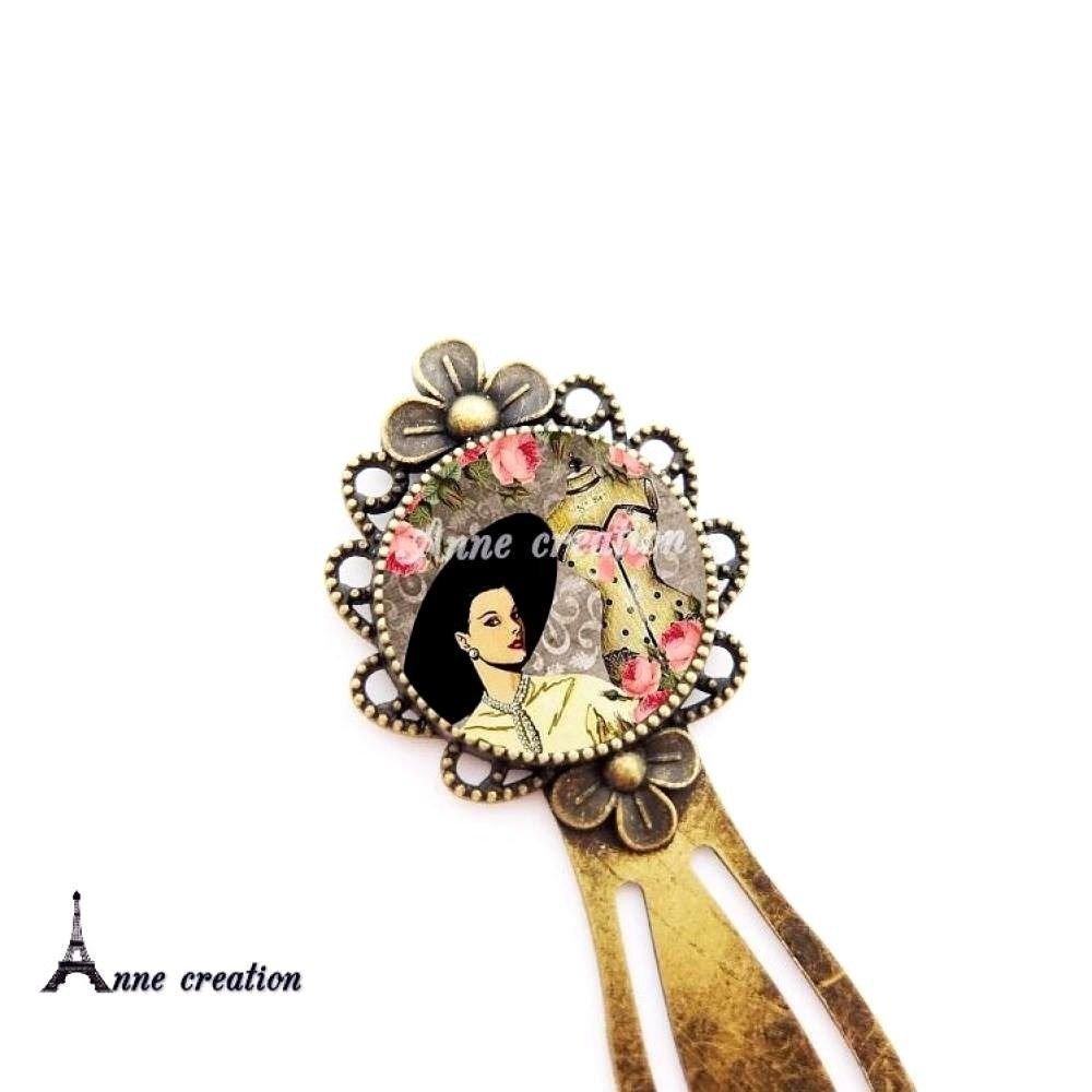 collier femme rétro chapeau mannequin de couture noeud fleur