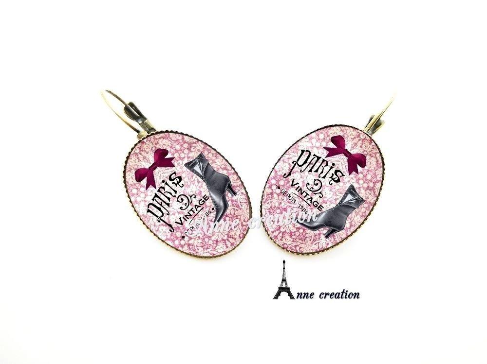 boucle d'oreille les bottines noires Paris vintage noeud rose