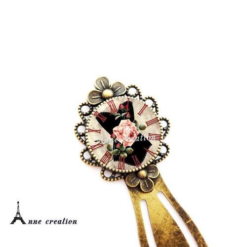 Marque-page rétro corset noir fleur pendule