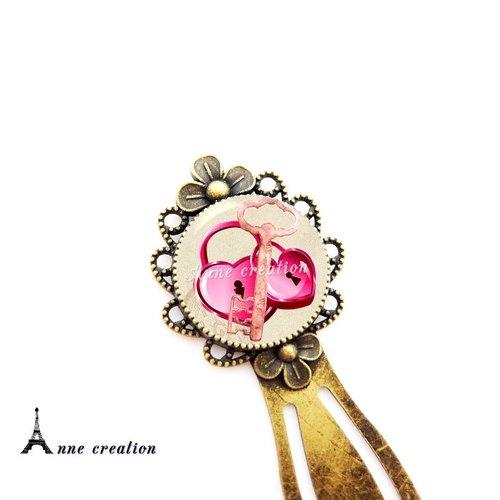 Marque-page cadenas coeur grande clé rose