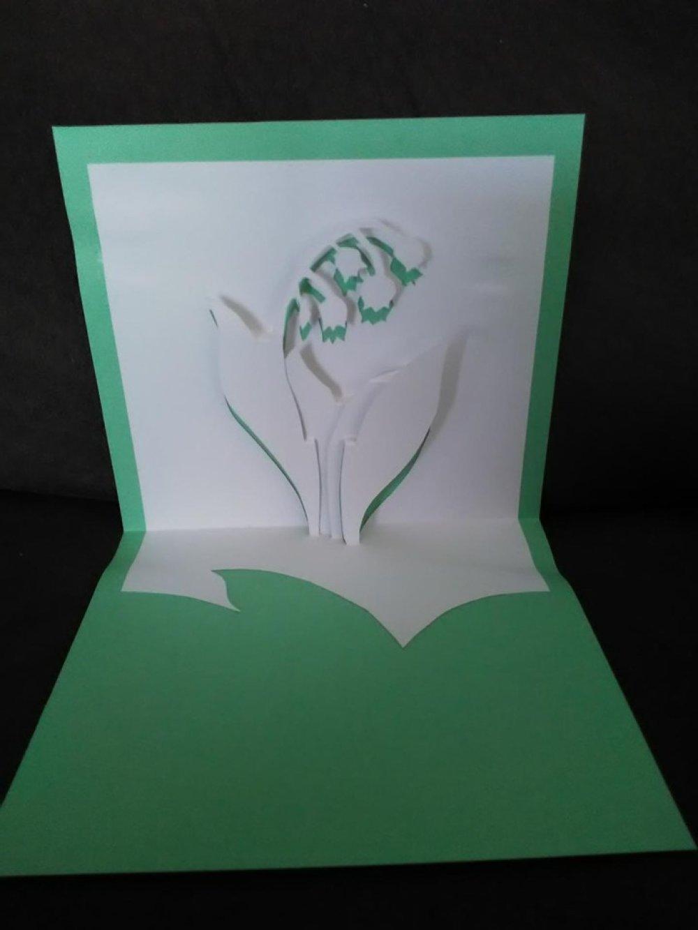 Carte Muguet 1er mai en 3D kirigami Pop Up