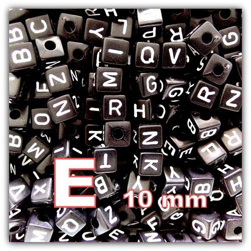 1 perle alphabet cube 10mm noir perle lettre e