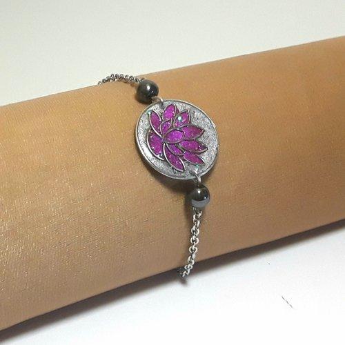 Bracelet lotus rose sur chaine