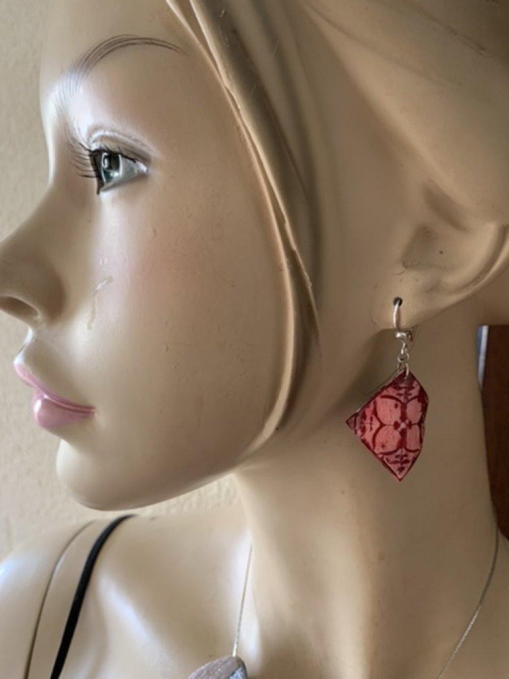 Boucles d'oreilles petits carreaux