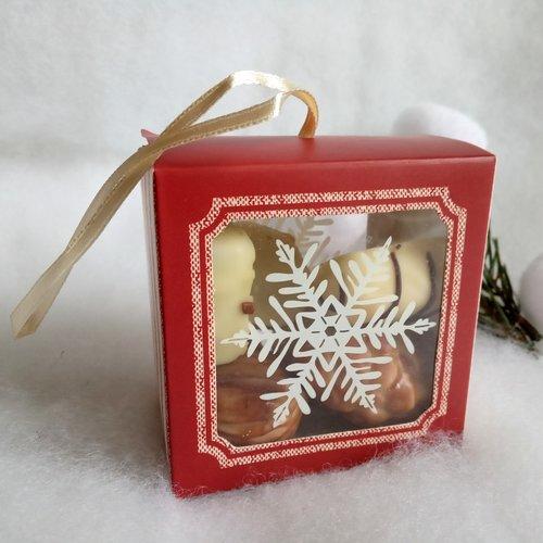 5 boites cadeau noël, rouge foncé et écru, à garnir, livrées avec rubans