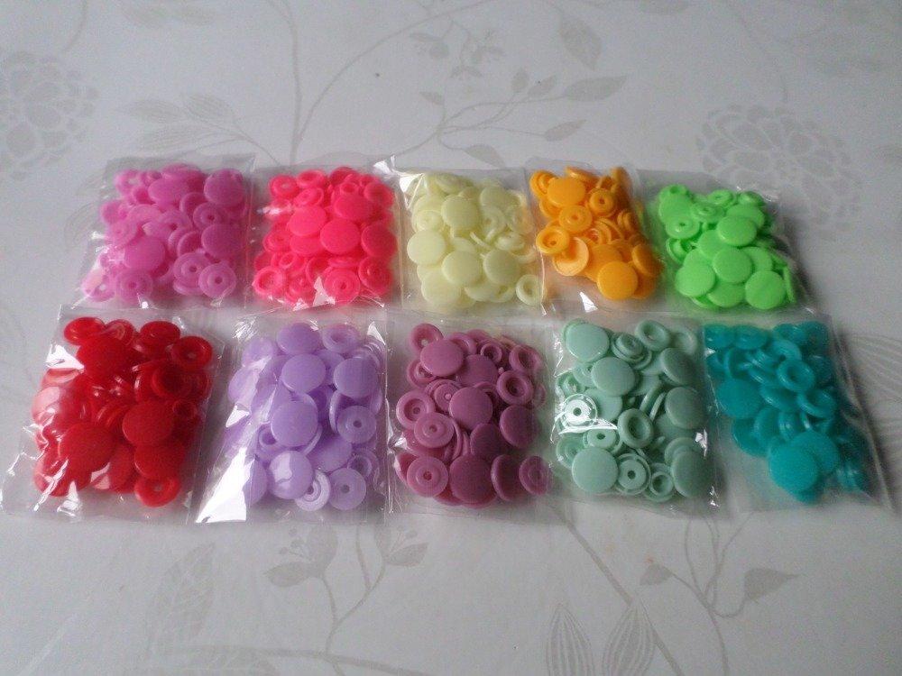 x 150 boutons pression KAM rond 15 couleurs en plastique T5 12(D)