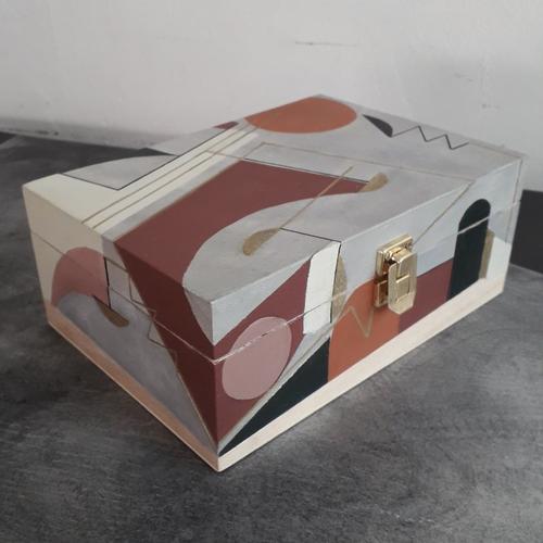 Boîte à thé motifs géométriques terracotta et grise en bois