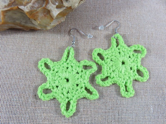 bijoux textile Boucles d'oreilles au crochet coton vert pistache boucle d'oreille etoile flocon bijoux femme fille