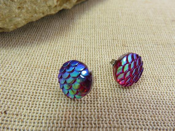 Puces d'oreilles écaille de sirène dragon poisson bijoux fille femme boucle reflet rose violet