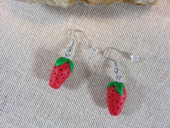 Boucles d'oreilles fraise bijoux gourmand pâte polymère