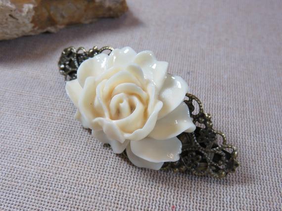 Barrette à cheveux fleur rose blanche en résine effet vintage