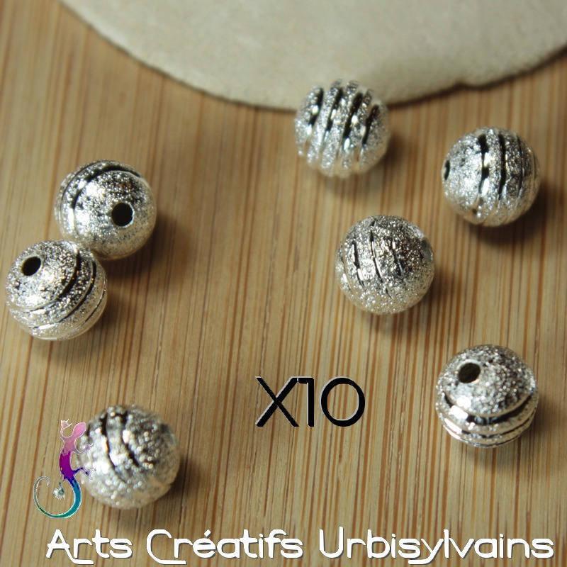 Lot de 10 perles stardust 8 mm sculptée en métal argenté