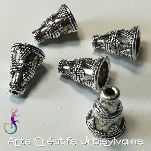 Lot de 2 coupelles cônes en métal argenté antique 8x12mm