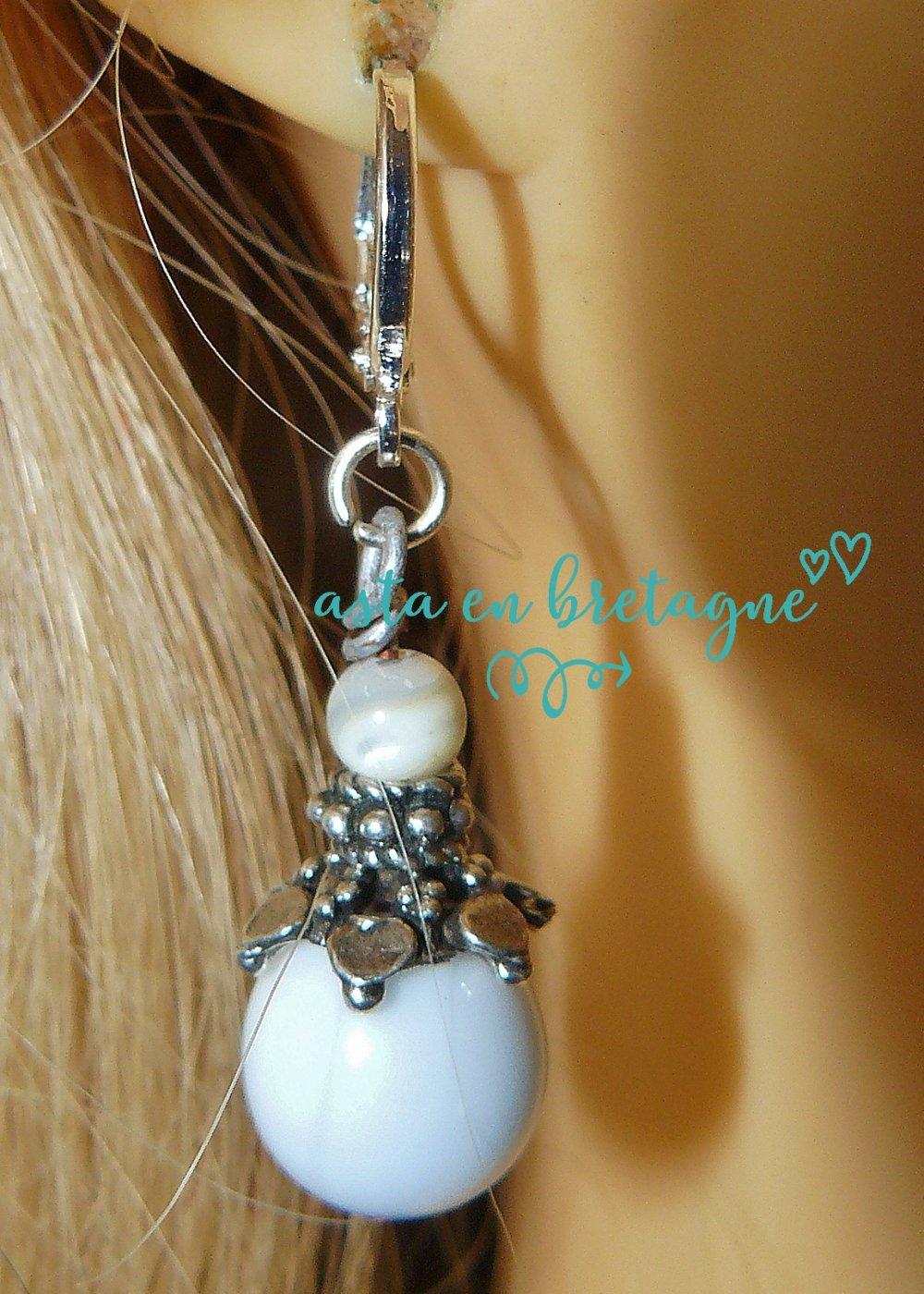 VENDU -Boucles d'oreilles bohème-chic verre filé, nacre, argent sterling 925 -Fête des mères * Les Perles d'Asta ♥ NACRE