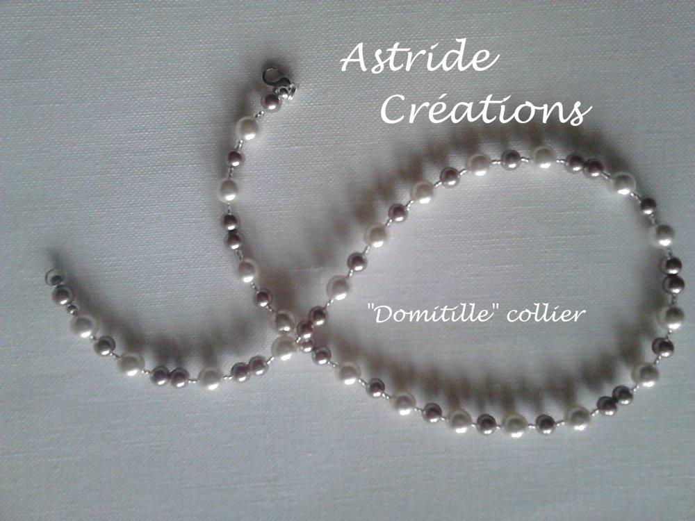 """""""Domitille""""  collier perles nacre et cristal."""