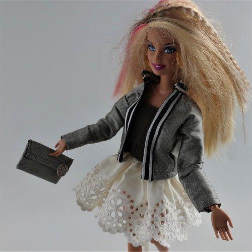 """Vêtements pour poupée barbie - """"en ville"""""""