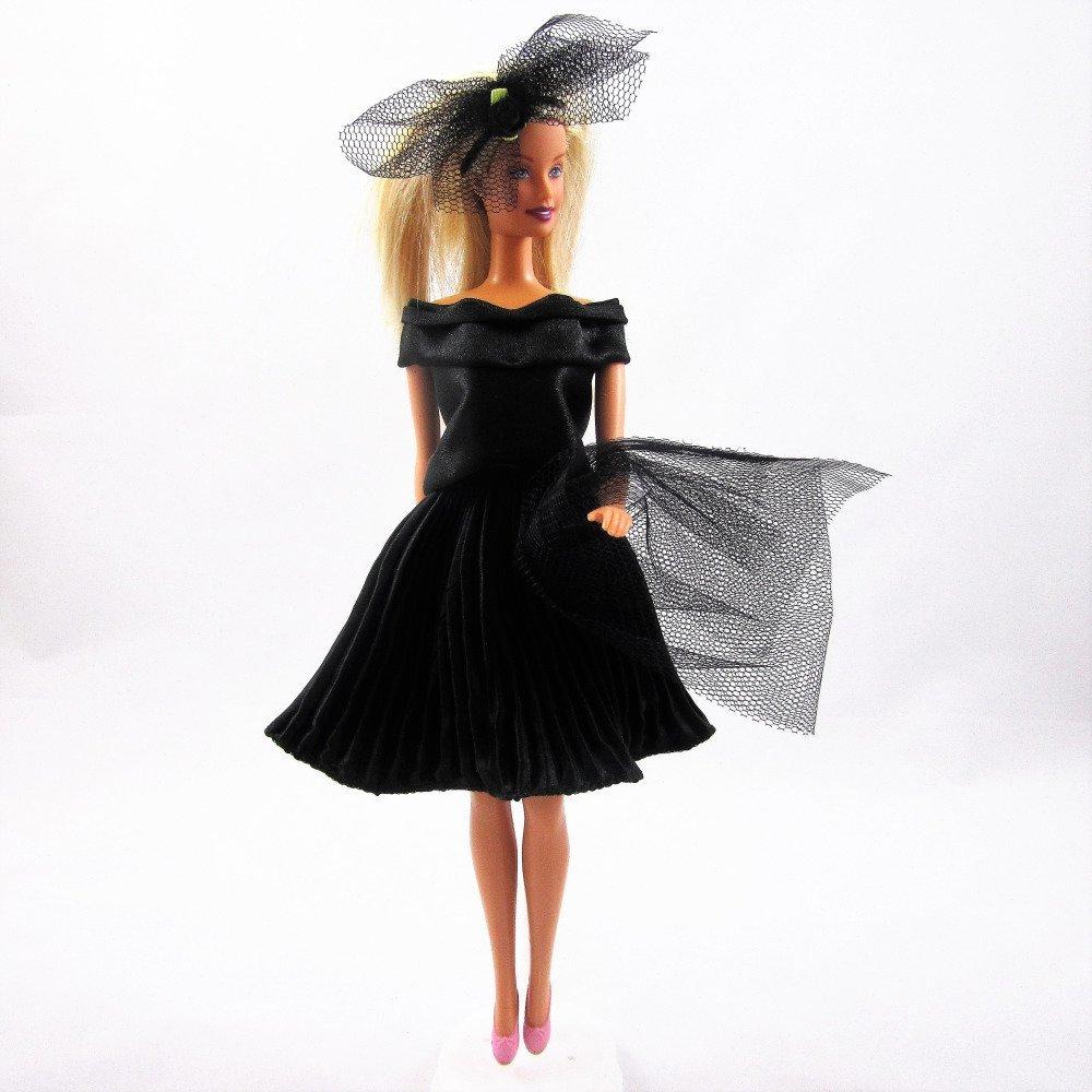 """Vêtements pour poupée Barbie - """"Petit ensemble habillé noir"""""""