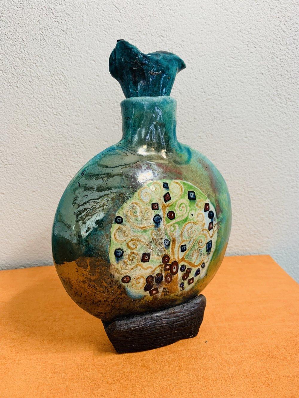 Carafe en céramique raku