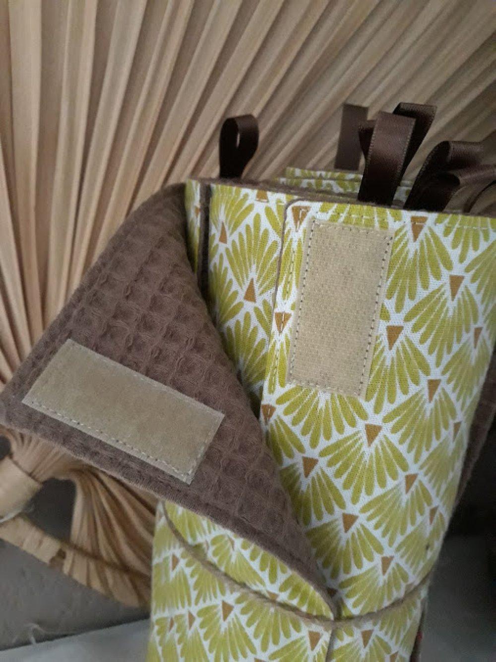 essuie -tout lavable  réutilisable 10 feuilles en coton nid d'abeilles caramel et coton fantaisie oeko-tex et finition parfaites FAIT MAIN