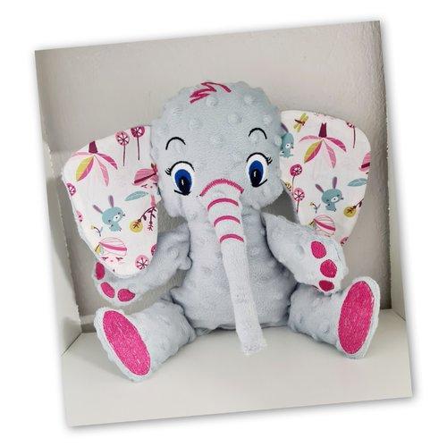 Peluche doudou éléphant en tissu oeko tex taille 3