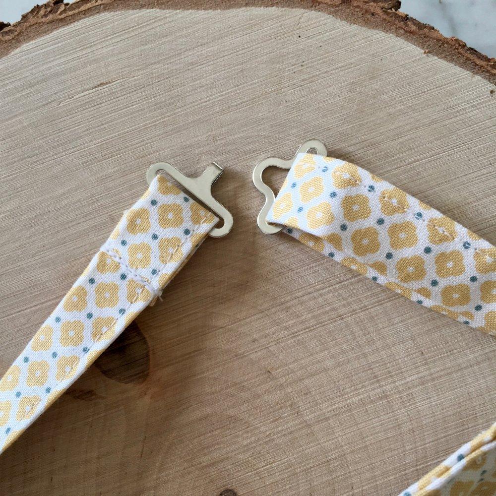 Noeud papillon réglable, déjà noué, motif petites fleurs jaunes