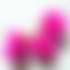 1 pompon - fausse fourrure rose -