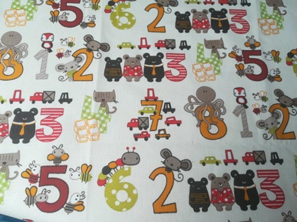 """coupon de tissu """"les animaux et les chiffres"""""""