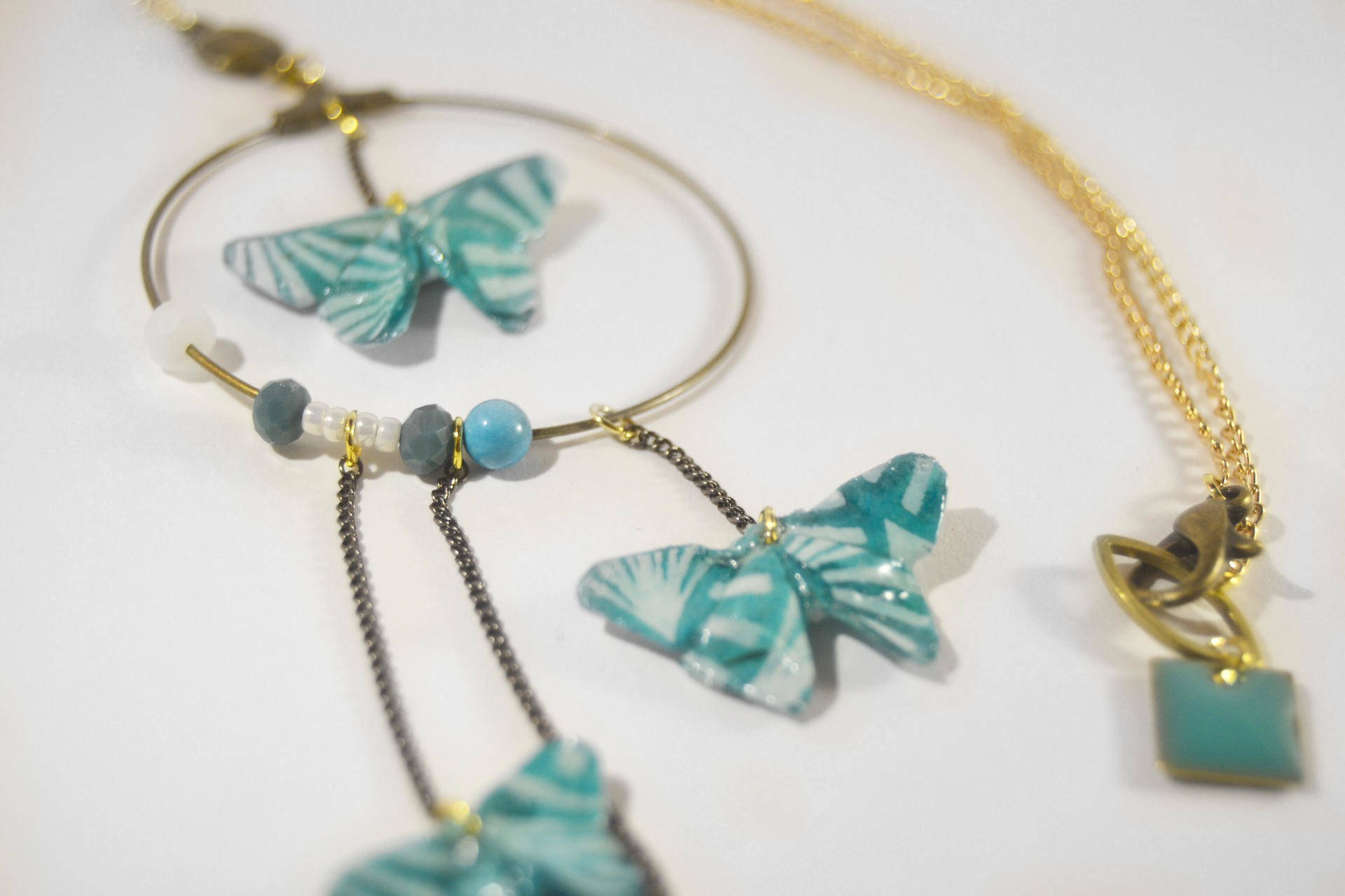 Collier Origami papillons d'Okinawa 沖縄. Plaqué or