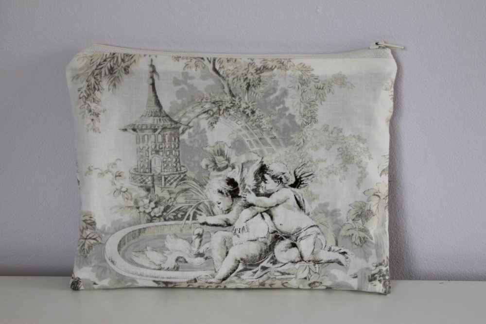Trousse plate - Rangement maquillage, couture, pharmacie - Tissu anges - Lin/coton