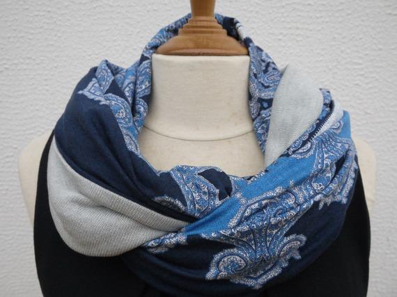 Snood ou foulard boucle capuche circulaire - réversible - motifs bleus et gris doublé jersey gris