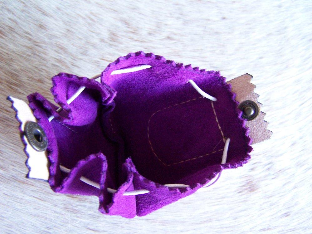 Bourse médecine en cuir violet et rose, décor fée