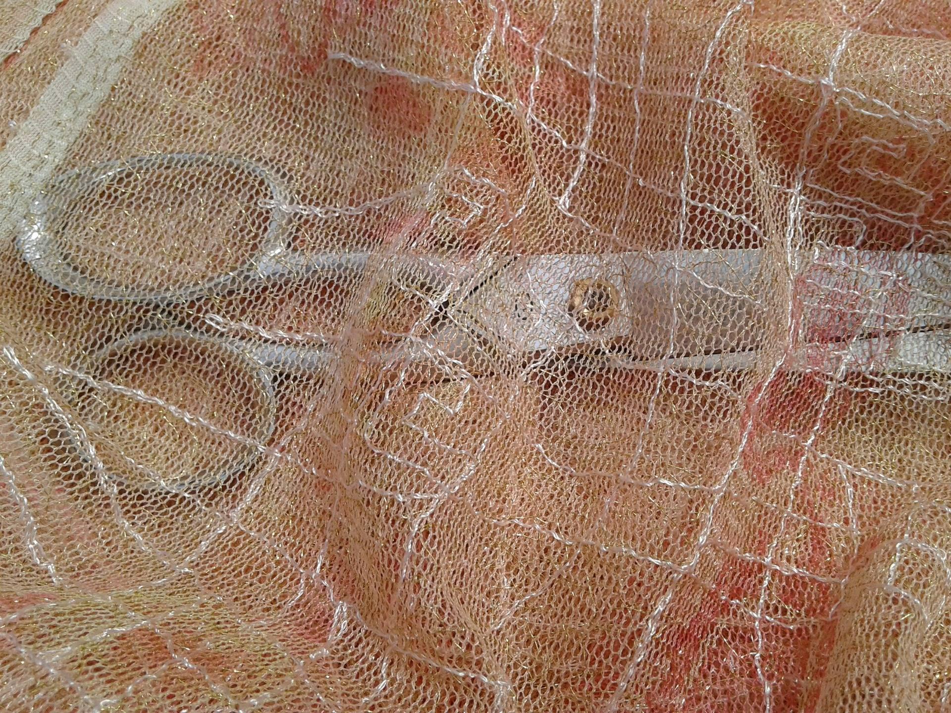 Tissu d'habillement, en Dentelle au mètre, couleur orange pale
