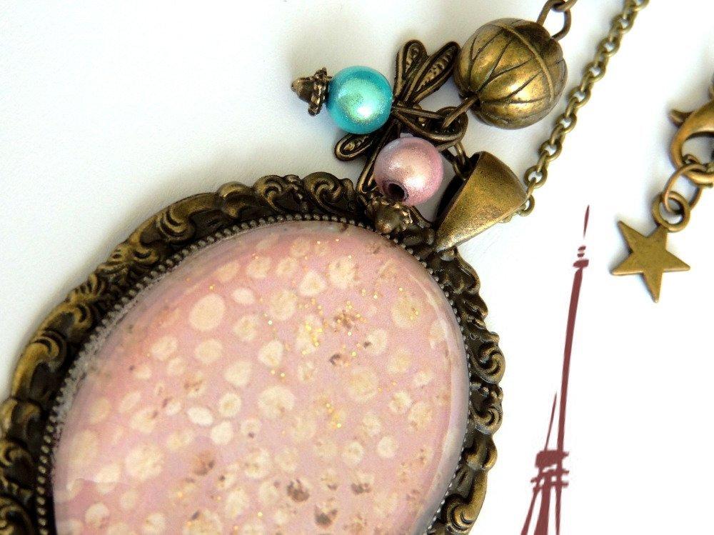 """.Bracelet /Cabochon/Métal Bronze """"Le Chic Du Rose Acidulé """"Ajustable."""