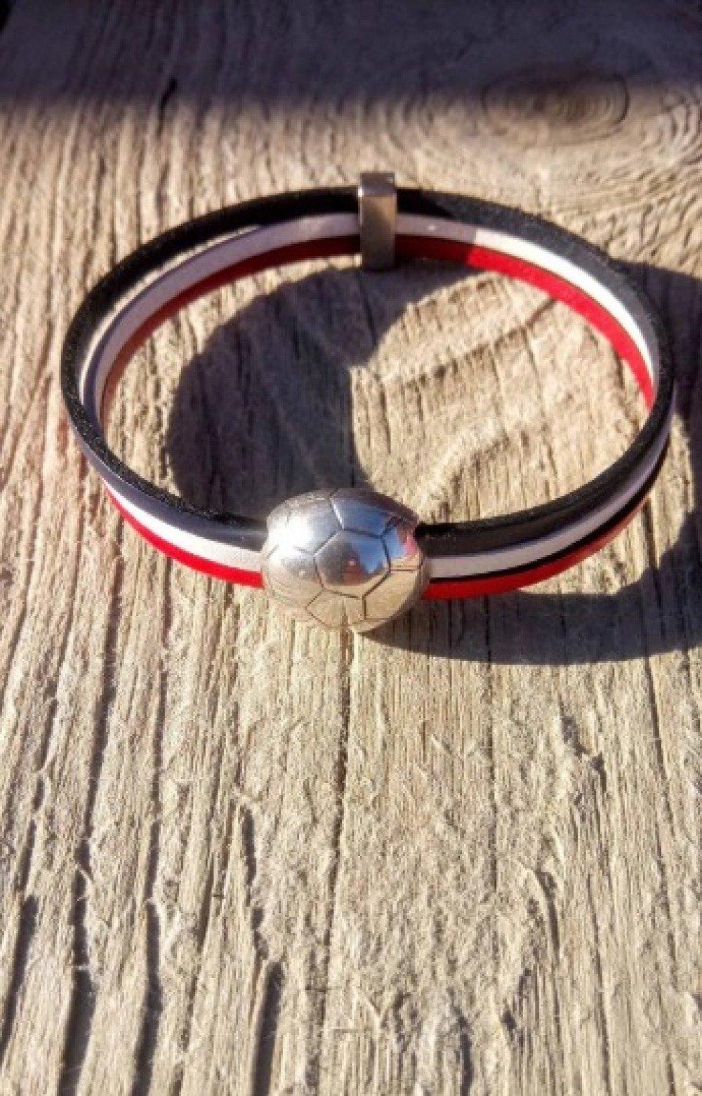 Bracelet cuir foot tricolore, bracelet homme, bracelet coupe du monde, accessoire sport coupe du monde de football, personnalisable