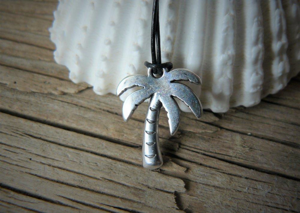 Pendentif palmier, pendentif talisman