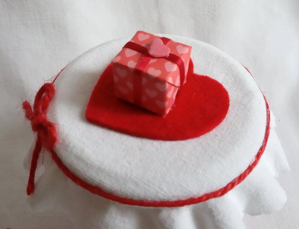 Cadeau Saint Valentin, Bocal avec citations et chocolats, 8,5 X 7,5 cm