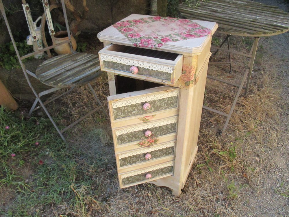 """Chevet Cosy """" In Baroque Shabby chic """" Création - Au grenier cosy -"""