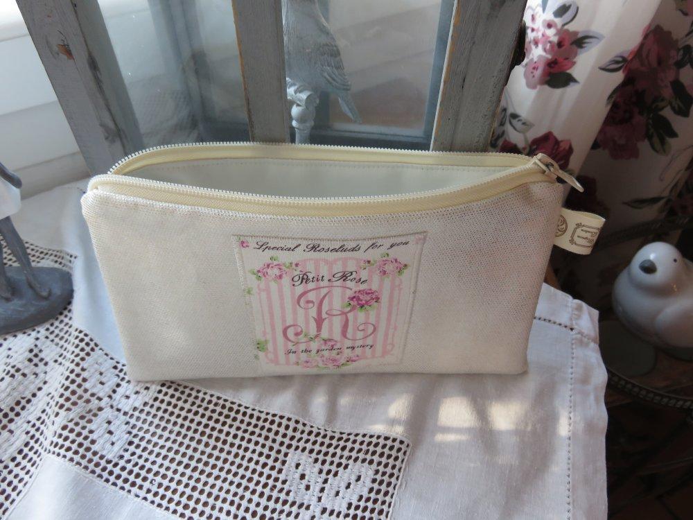 """Trousse plate en toile enduite blanc et or """"Petite Rose"""""""
