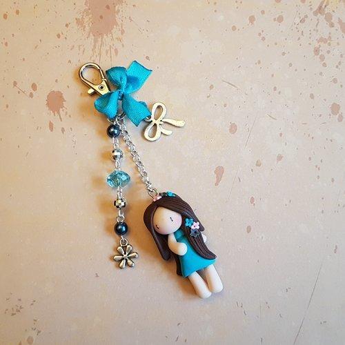 """Porte clé / bijoux de sac poupée """"fleurs"""" turquoise"""