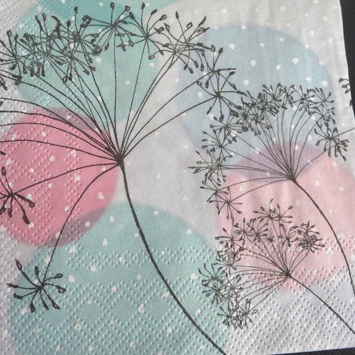 Serviette en papier fleurs