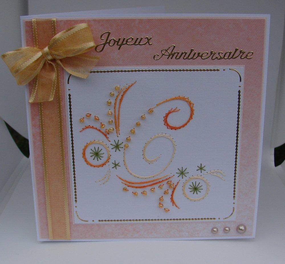 """carte anniversaire avec initiale """"C"""" brodée avec perles"""