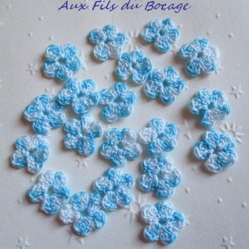 Fleurs au crochet, 2 cm, lot de 20, en coton turquoise et blanc, appliques *160*