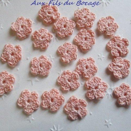 Fleurs au crochet, 2 cm, lot de 20, en coton rose chair, appliques *173*