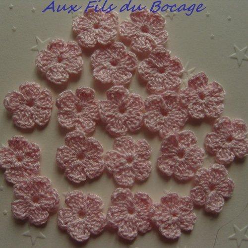 Fleurs au crochet, 2 cm, lot de 20, en coton rose pâle, appliques *189*