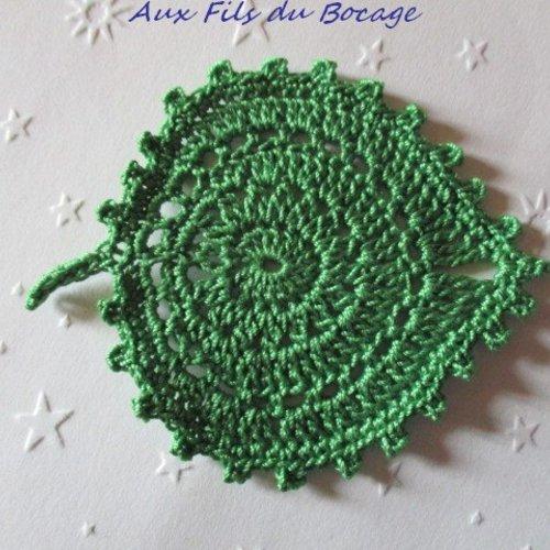 Feuille au crochet, coton vert forêt, appliques, *162*