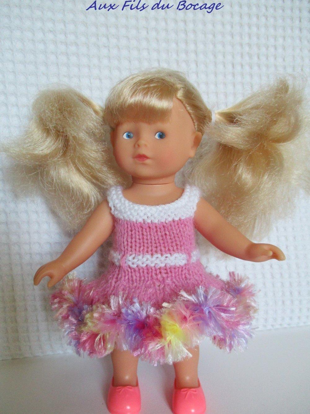 Vêtement poupée mini corolline, poupée 20 cm. Robe rose froufrou