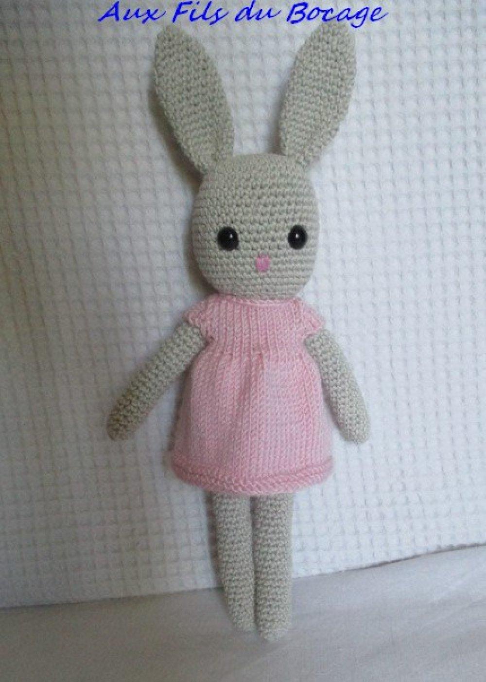 Lapin au crochet, doudou lapin au crochet - Un grand marché | 1402x1000