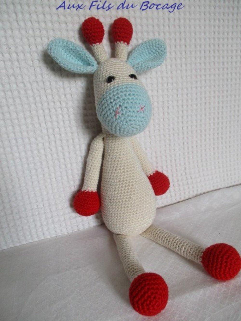 Girafe au crochet, amigurumi, doudou